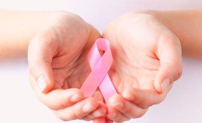 Outubro Rosa: como a Reprodução Assistida ajuda mulheres a serem mães após o câncer de mama